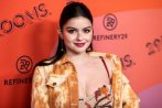 Ariel Winter Beautiful Cleavage
