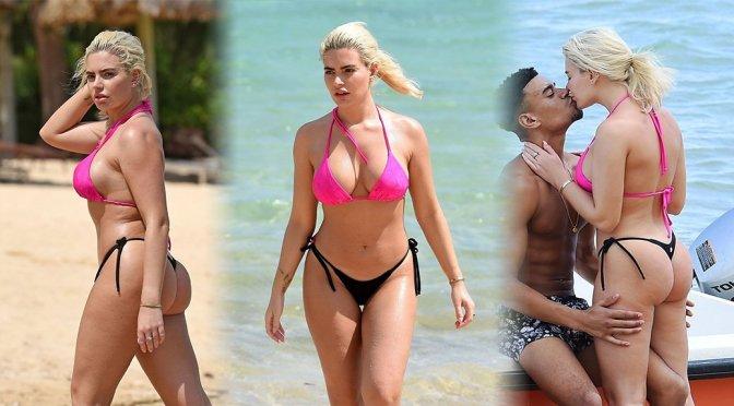 Megan Barton Hanson – Bikini Candids in Mauritius