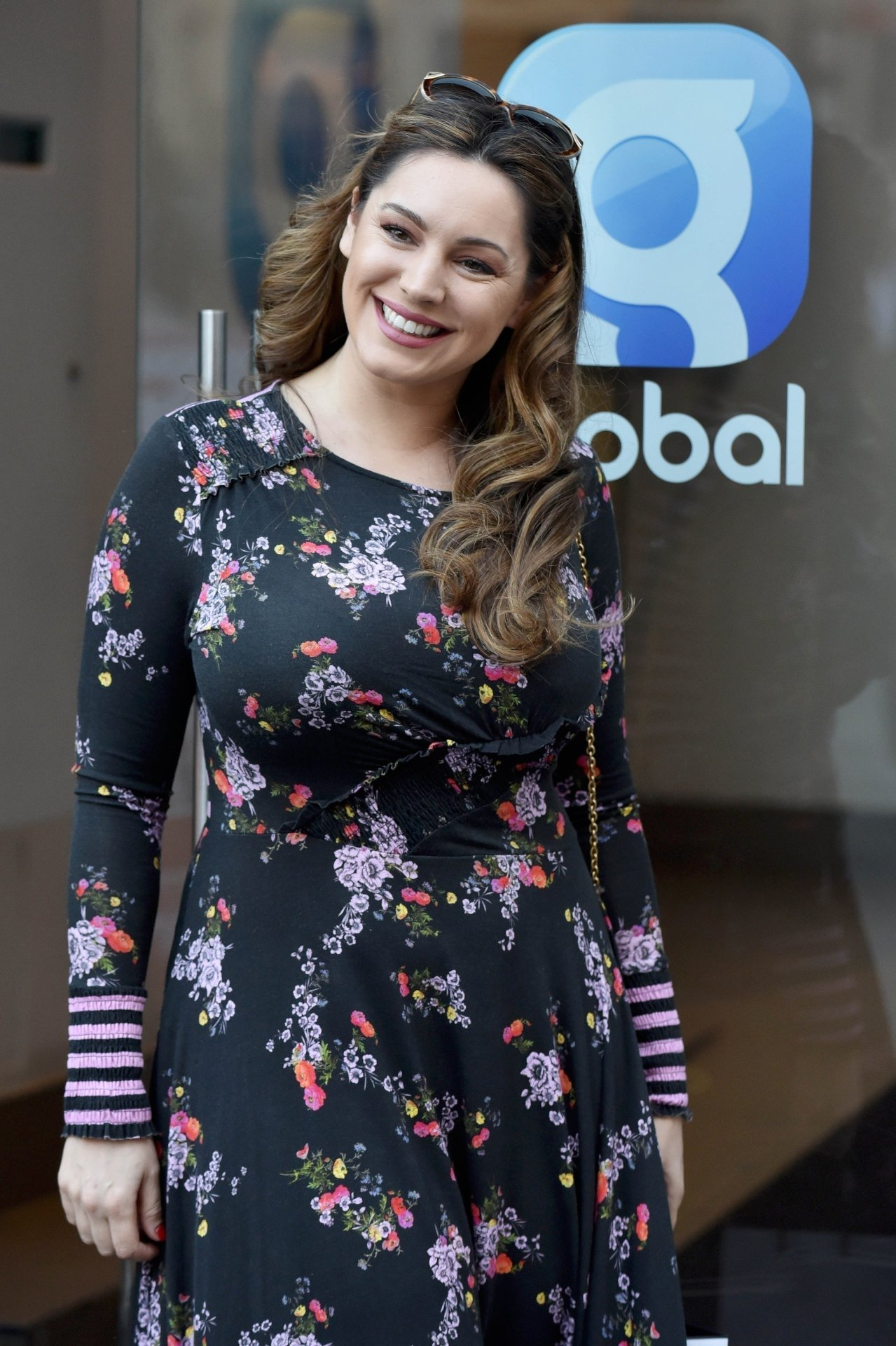 Kelly Brook Busty