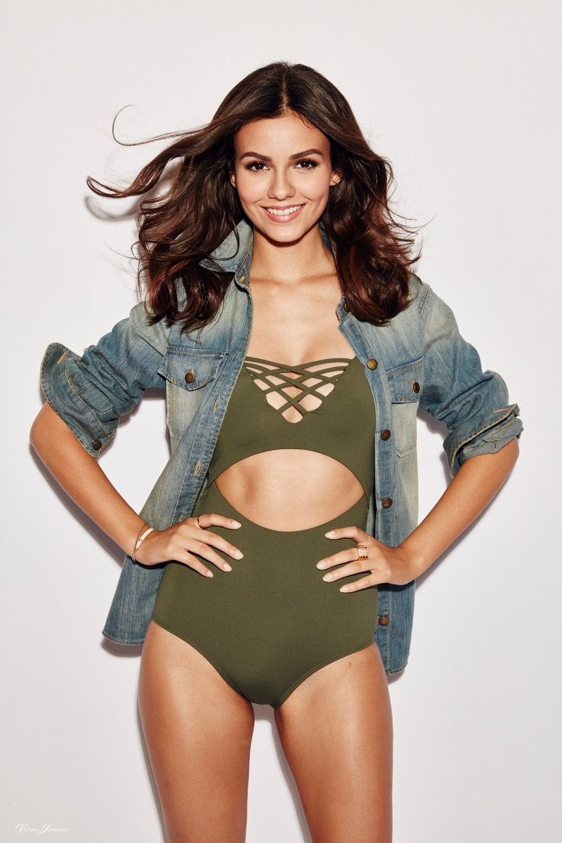 Victoria Justice Sexy Photoshoot