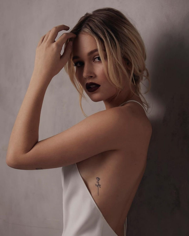 Kelli Berglund Hot Photoshoot