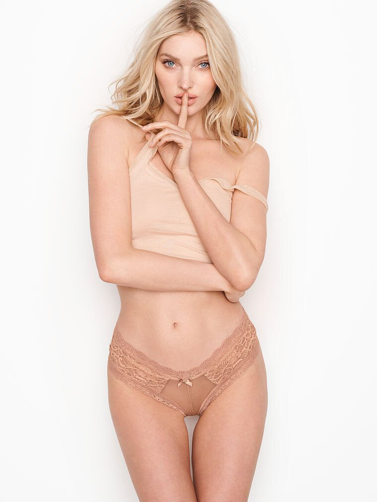 Elsa Hosk Sexy Body In Lingerie