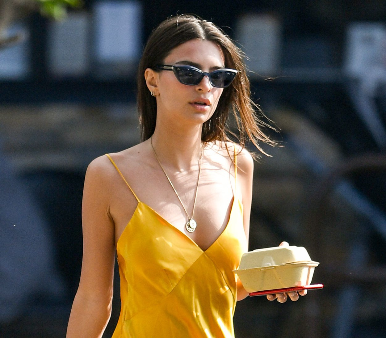 Emily Ratajkowski – Braless Candids in Los Angeles