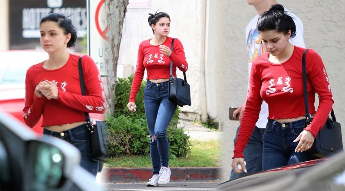 Ariel Winter – Braless Pokies in Los Angeles