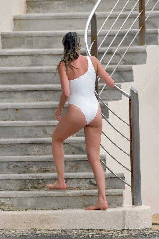 Margot Robbie Sexy White Swimsuit