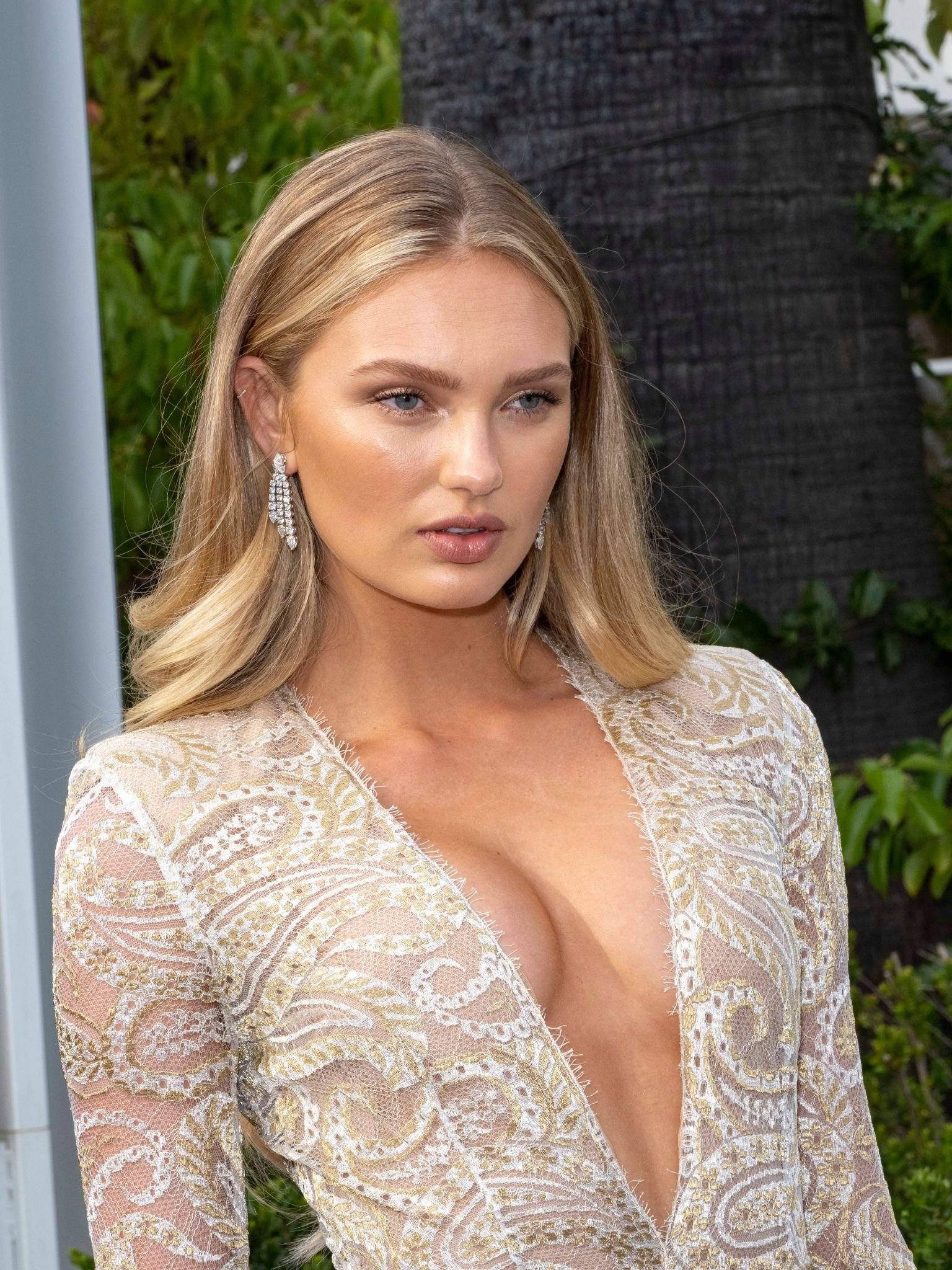 Romee Strijd Sexy Legs And Cleavage