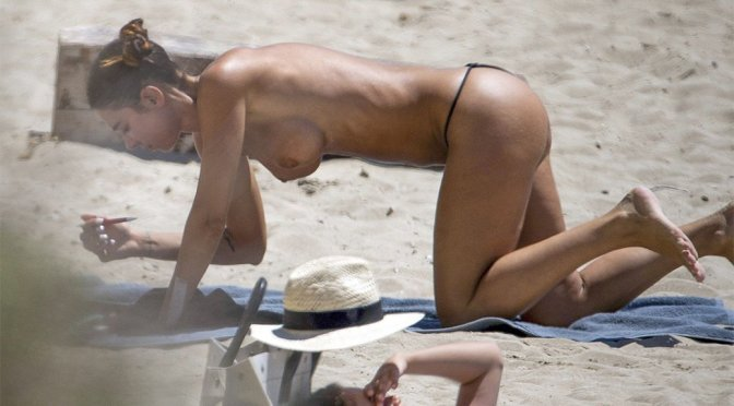 Valentina Fradegrada – Topless Paparazzi Pictures at the beach in Ibiza