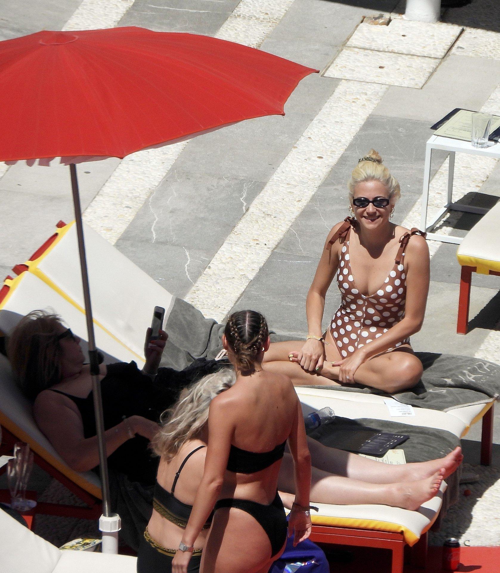 Pixie Lott Sexy Swimsuit