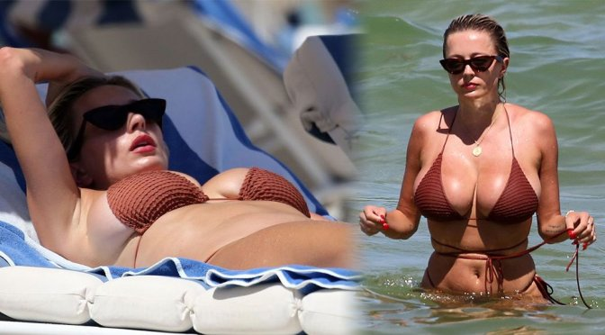 Caroline Vreeland – Bikini Candids on the Beach in Miami