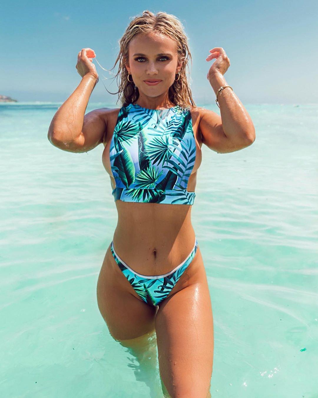 Hilde Osland Sexy Bikini Sideboob | Hot Celebs Home