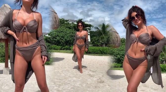 India Reynolds – Sexy Bikini VIdeo