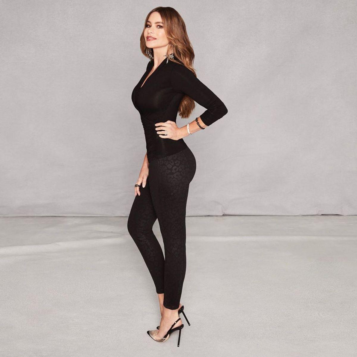 Sofia Vergara Sexy In Jeans