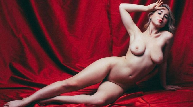 Caylee Cowan – Naked Photoshoot By Nick Rasmussen (NSFW)