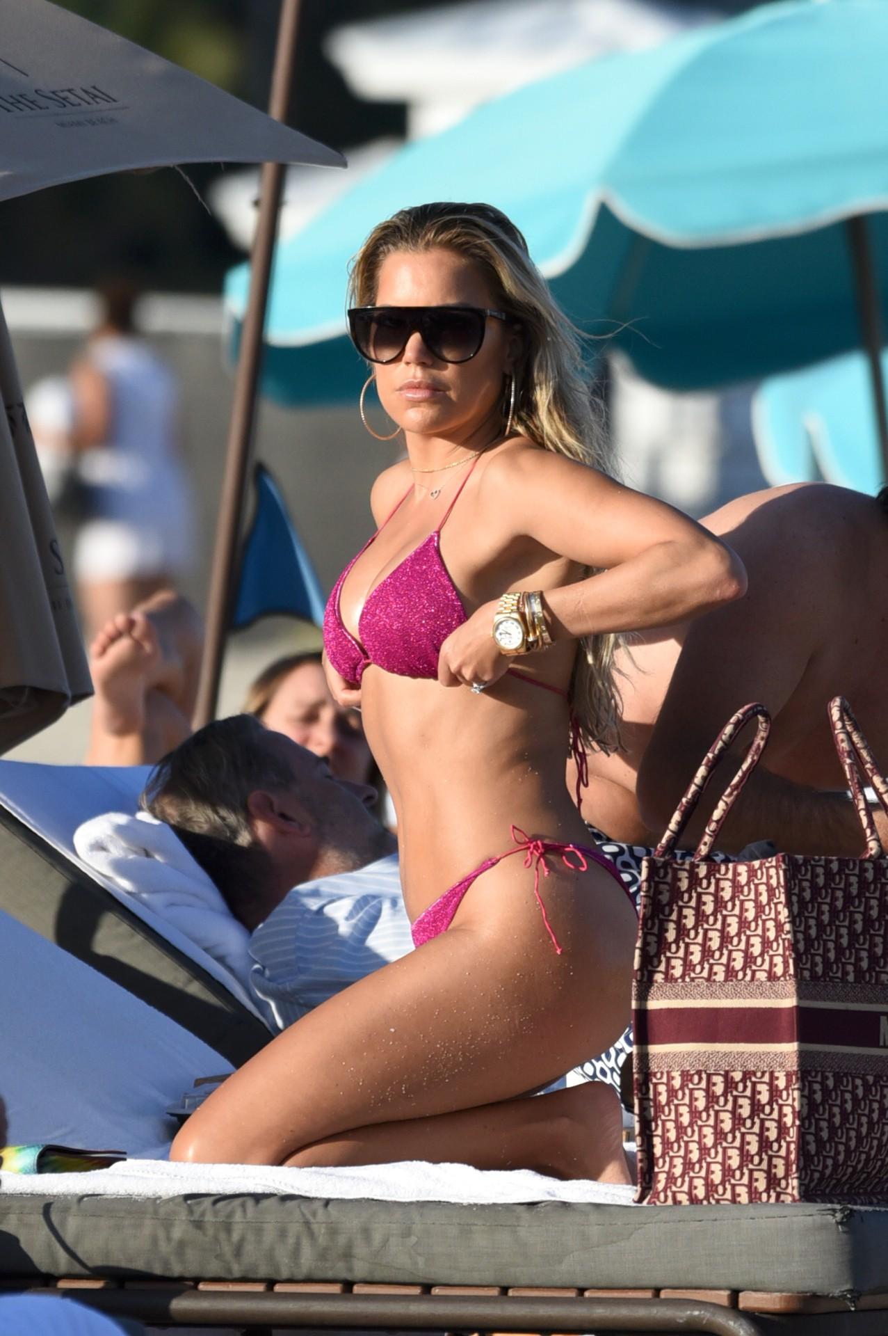 Sylvie Meis Sexy Ass In Bikini