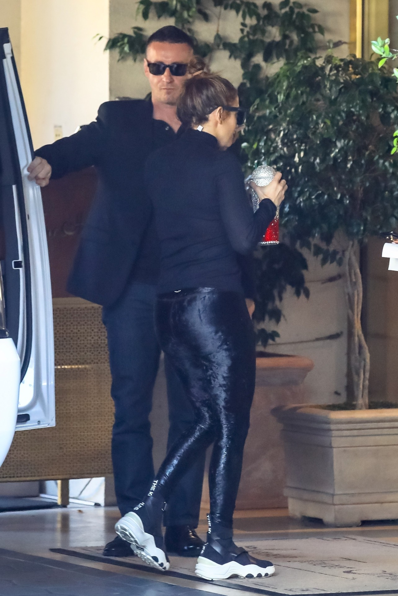 Jennifer Lopez - Sexy Big Ass in Tight Pants Out in Los