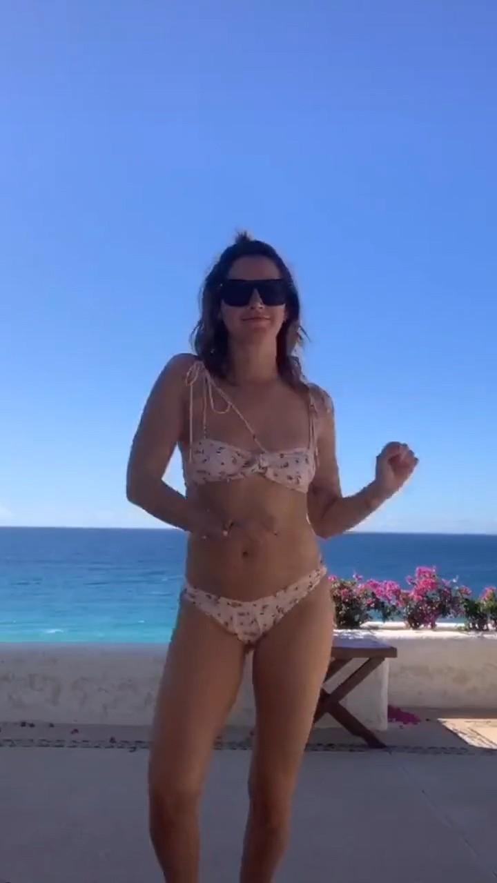 Ashley Tisdale Bikini Dance