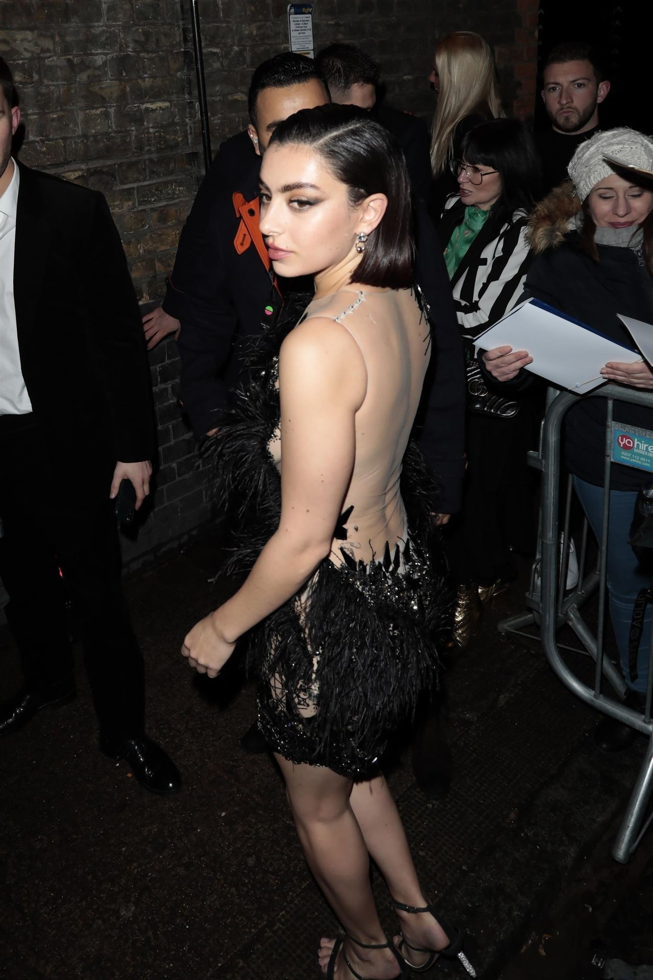 Charli Xcx Hot Braless Boobs And Legs