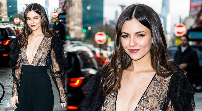 Victoria Justice – Braless Cleavage at Pamela Roland Fashion Show at New York Fashion Week