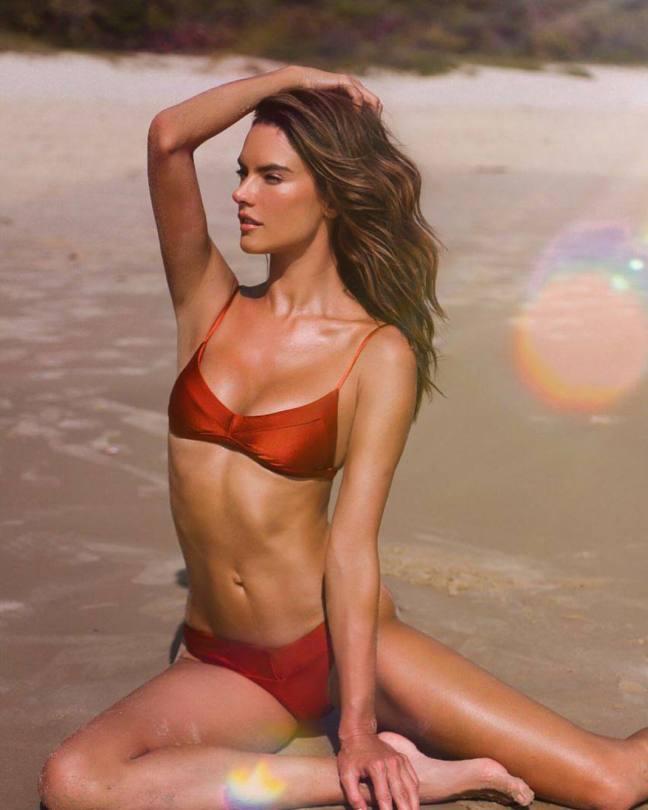 Alessandra Ambrosio Sexy Bikini