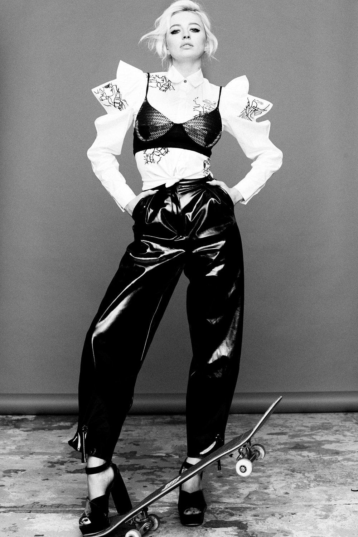 Caroline Vreeland Hot Photoshoot