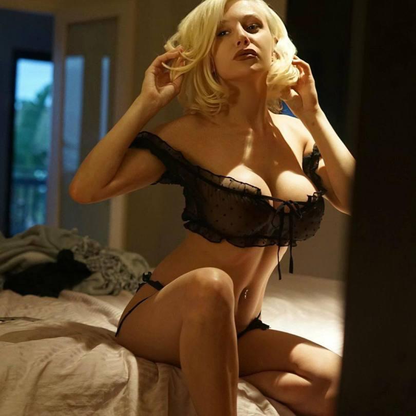 Courtney Stodden Sexy Lingerie