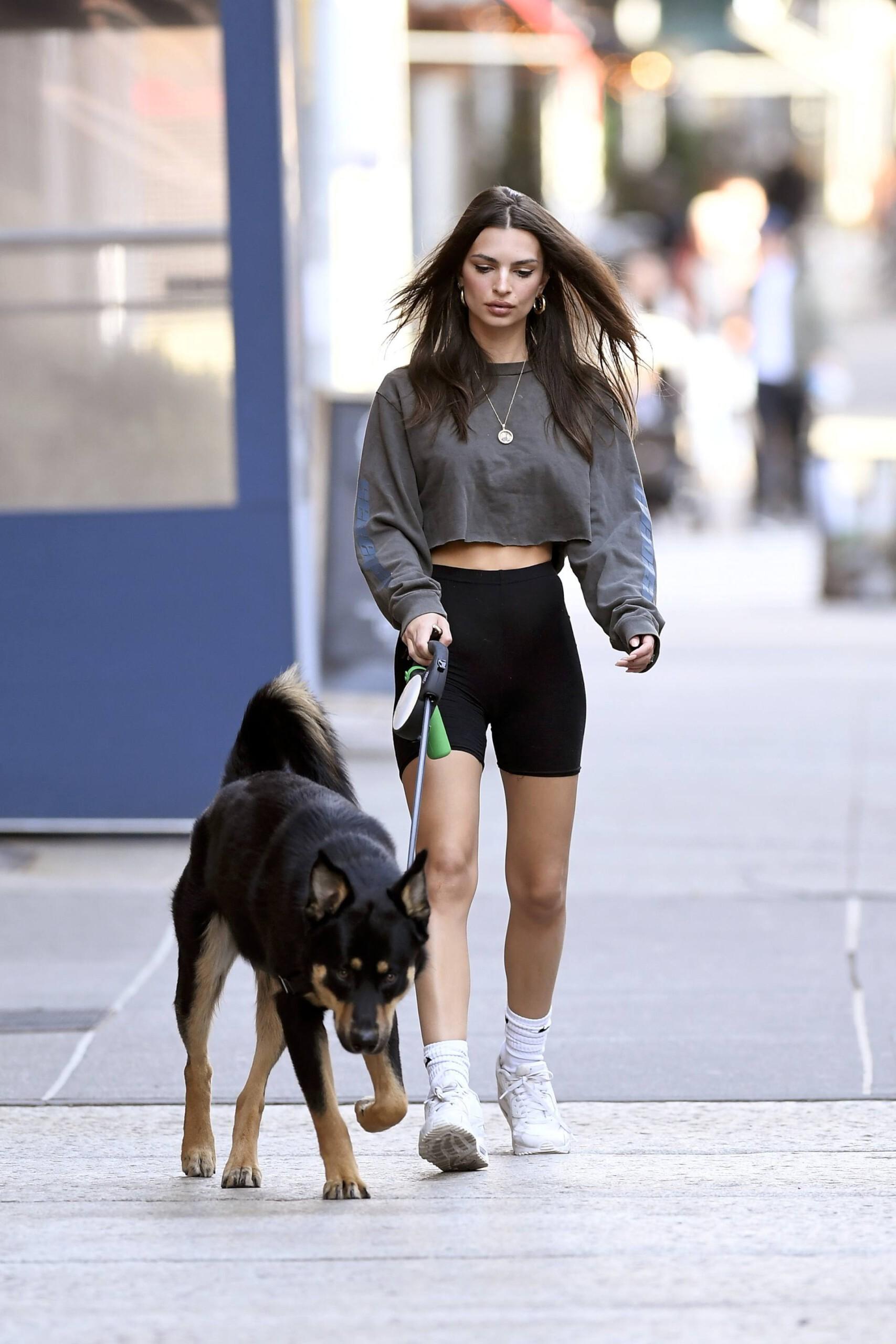 Emily Ratajkowski Leggy In Sexy Short Leggings Walking Her Dog In New York City