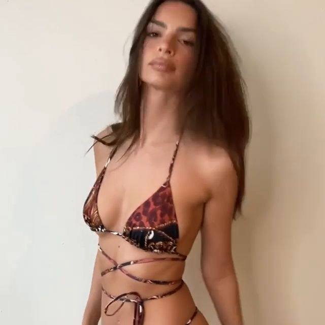 Emily Ratajkowski Sexy Tiny Bikini