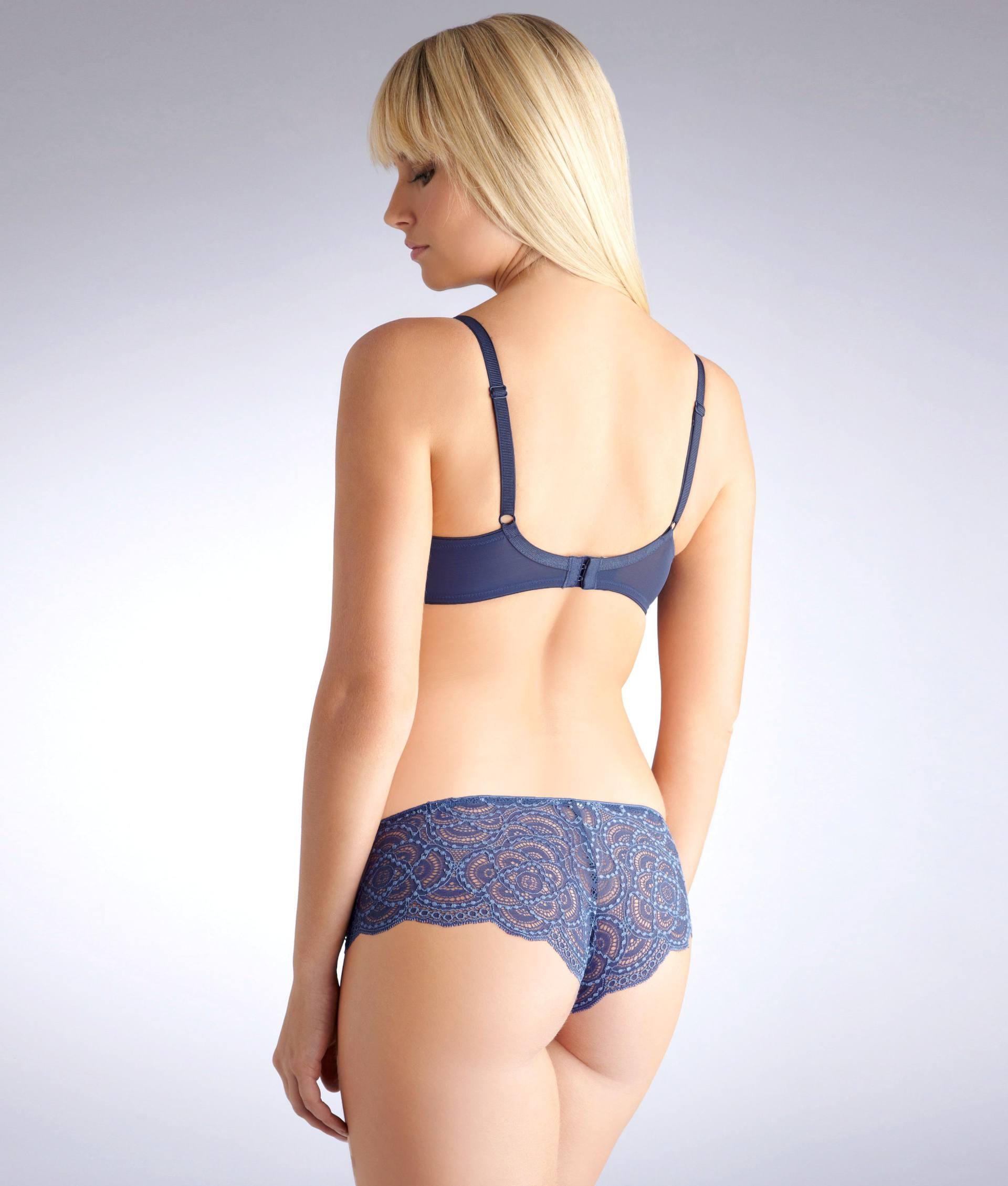 Genevieve Morton Sexy Boobs In Lingerie
