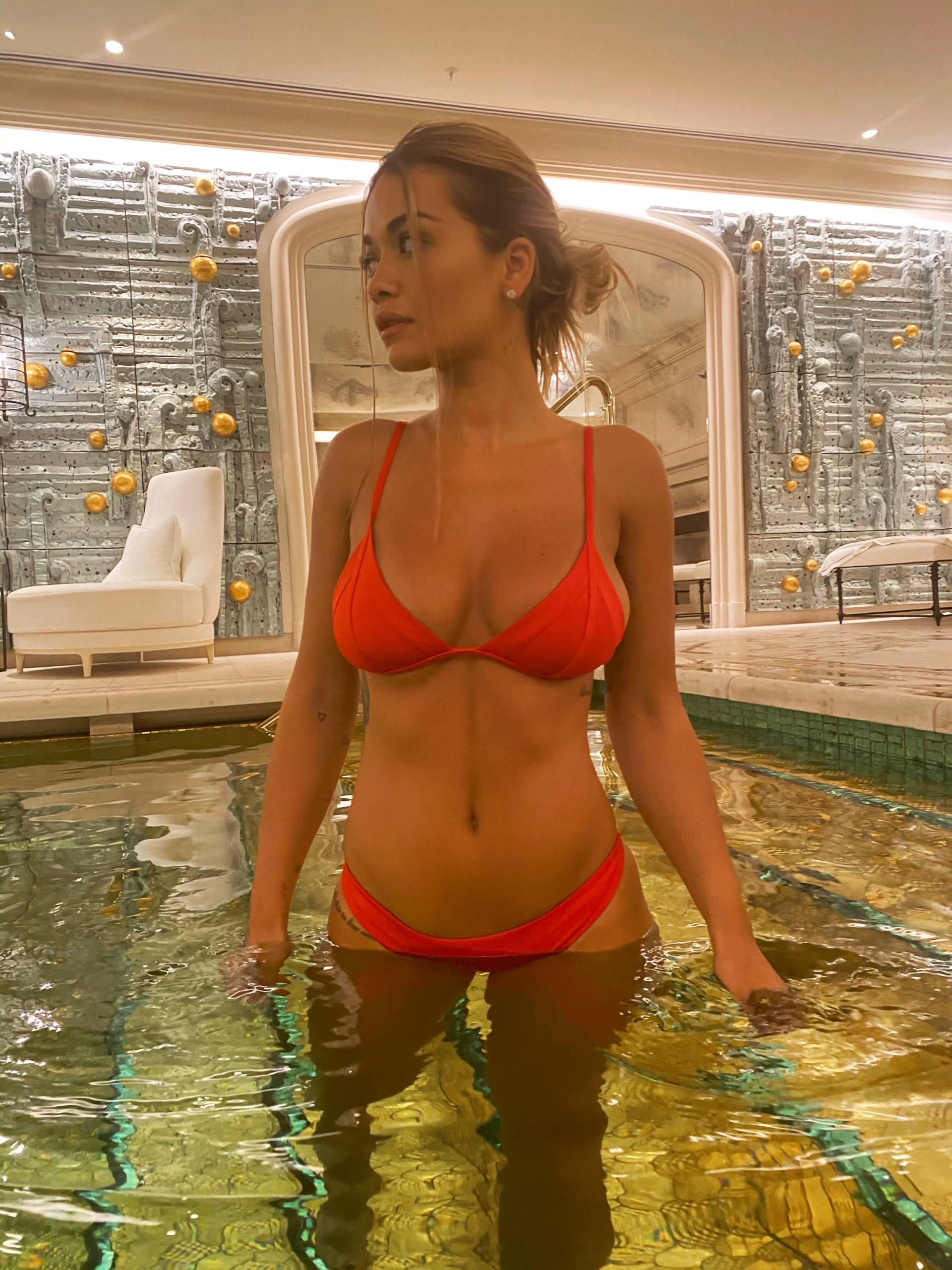 Rita Ora Sexy Bikini Boobs