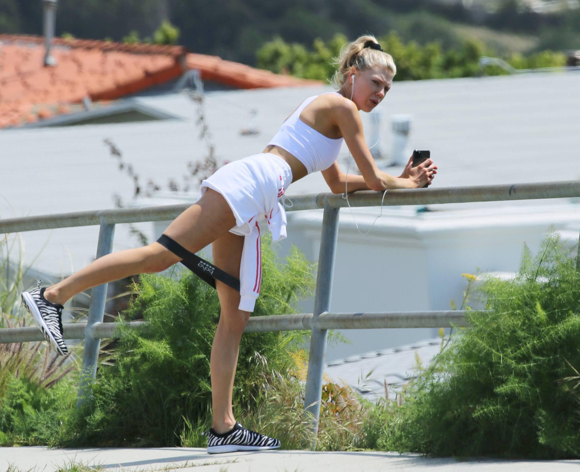 Charlotte Mckinney Hot Workout Pics