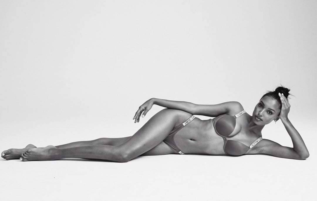 Jasmine Tookes Fantastic Body In Bra And Panties