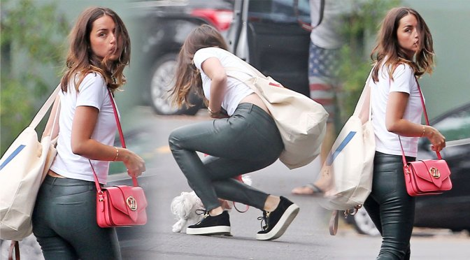 Ana De Armas Hot Ass In Tight Pants