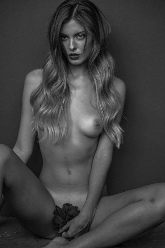 Carmella Rose Beautiful Naked Pics