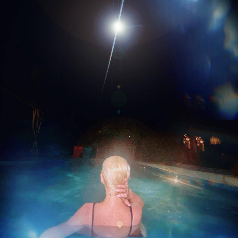 Christina Aquilera Sexy In Black Swimsuit