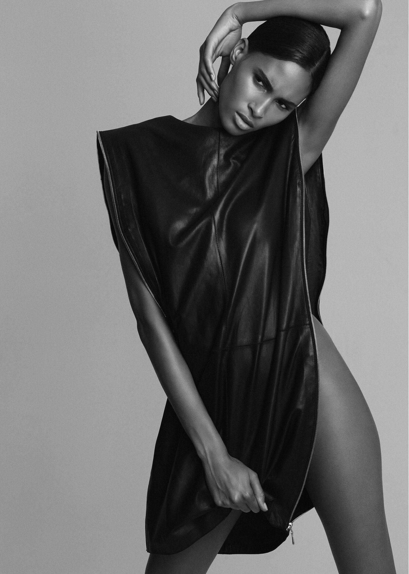 Cindy Bruna Beautiful Topless Pics