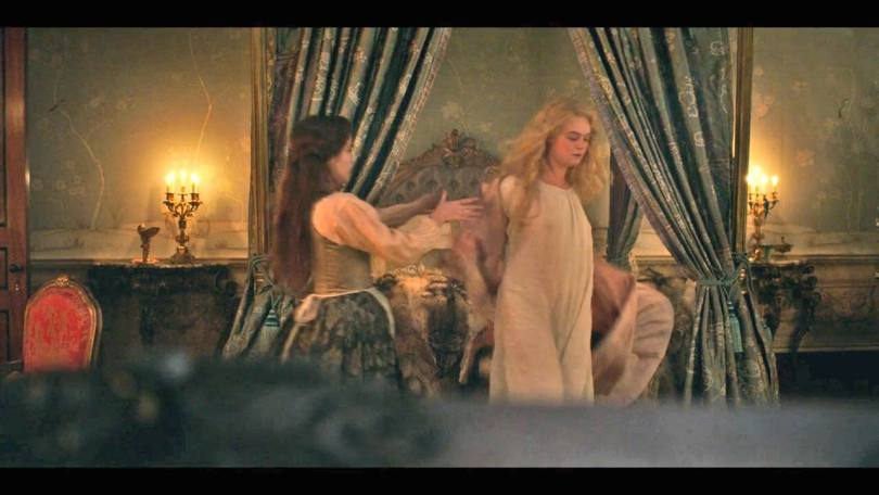 Ella Fanning Naked And Topless
