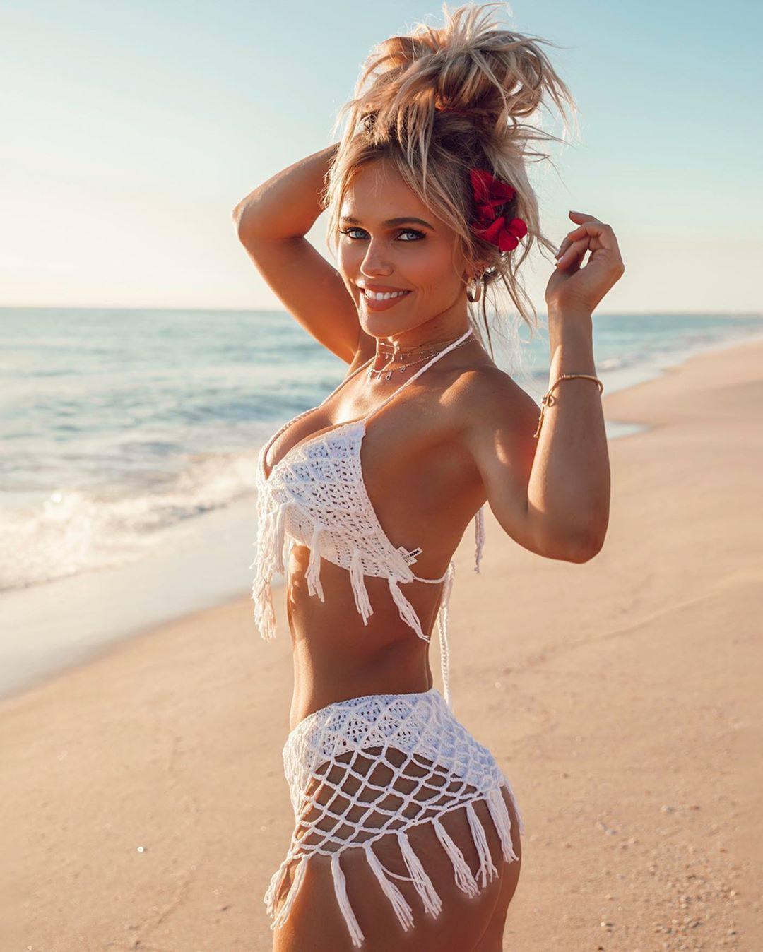 Hildee Osland Sexy Opn Beach