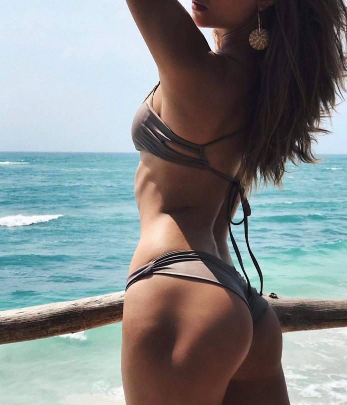 Josephine Skriver Lovey Ass In Small Bikini