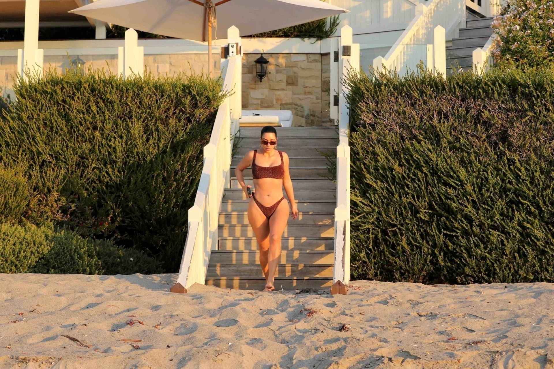 Kim Kardashian Hot In Bikini