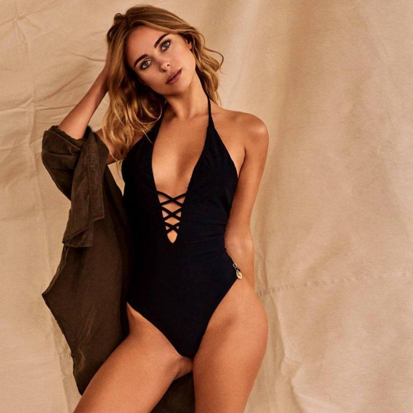 Kimberley Garner Sexy In Swimsuit