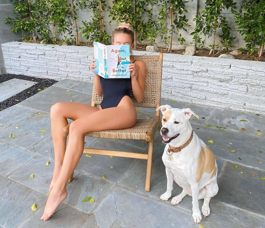 Sydney Sweeny Sexy Legs In Black Swimsuit