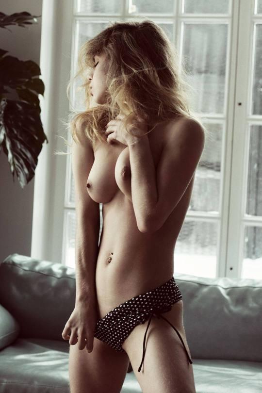 Alexandra Smelova Topless Boobs