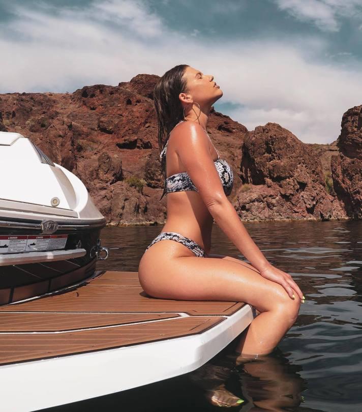 Chanel West Coast Hot Body