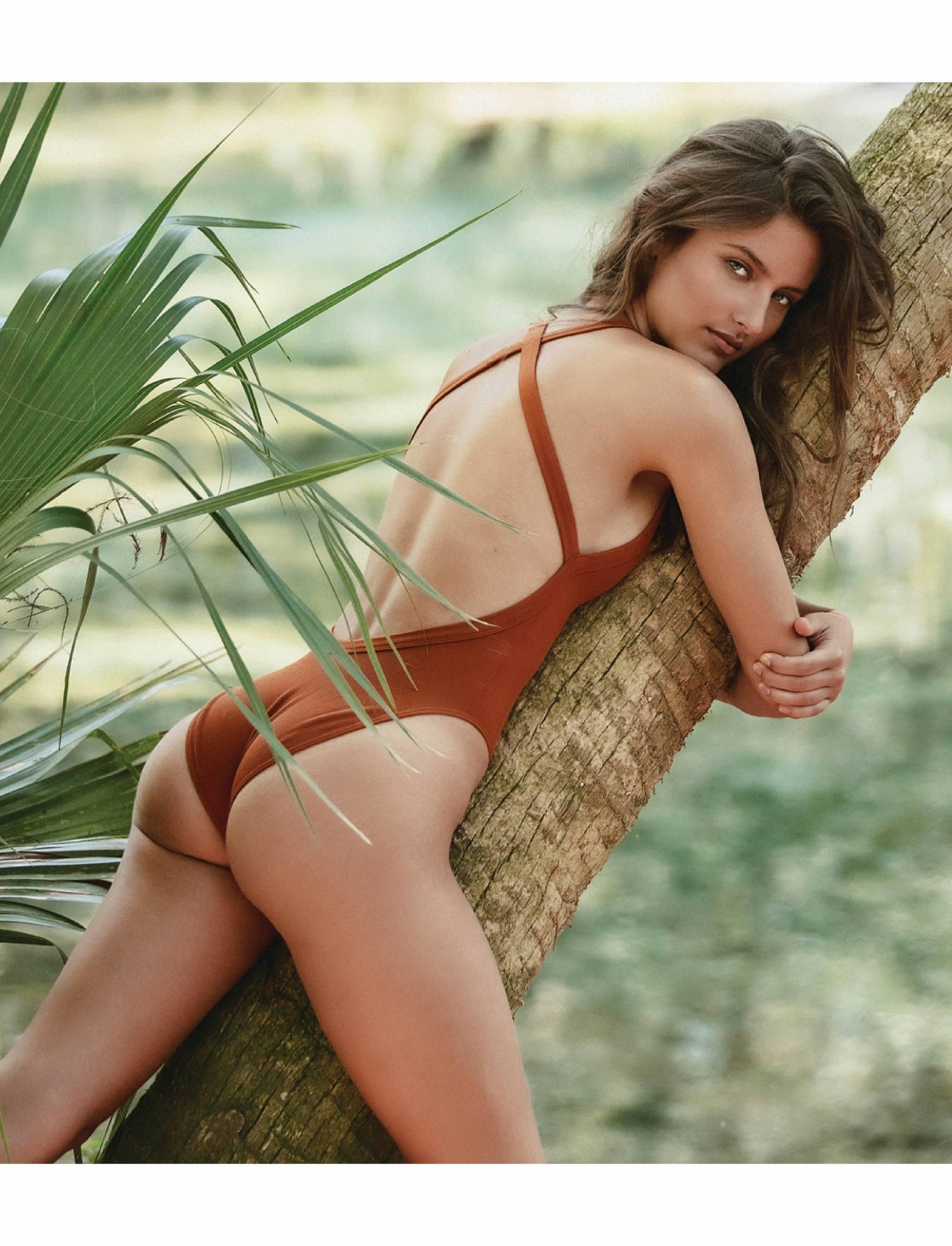 Krystal Xamairy Beautiful Body