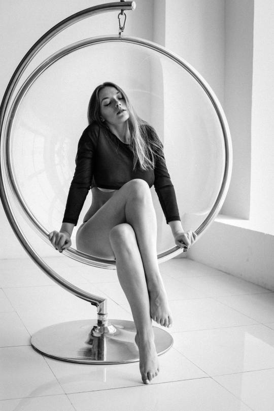 Olga Kobzar Topless Pics