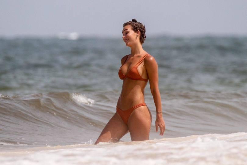 Rachel Cook Ass In Tiny Bikini