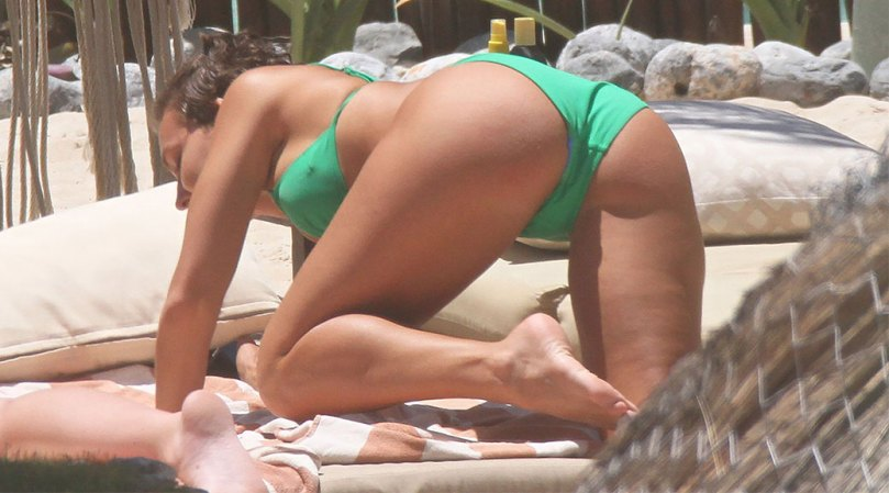 Rachel Cook Hot Ass In Bikini