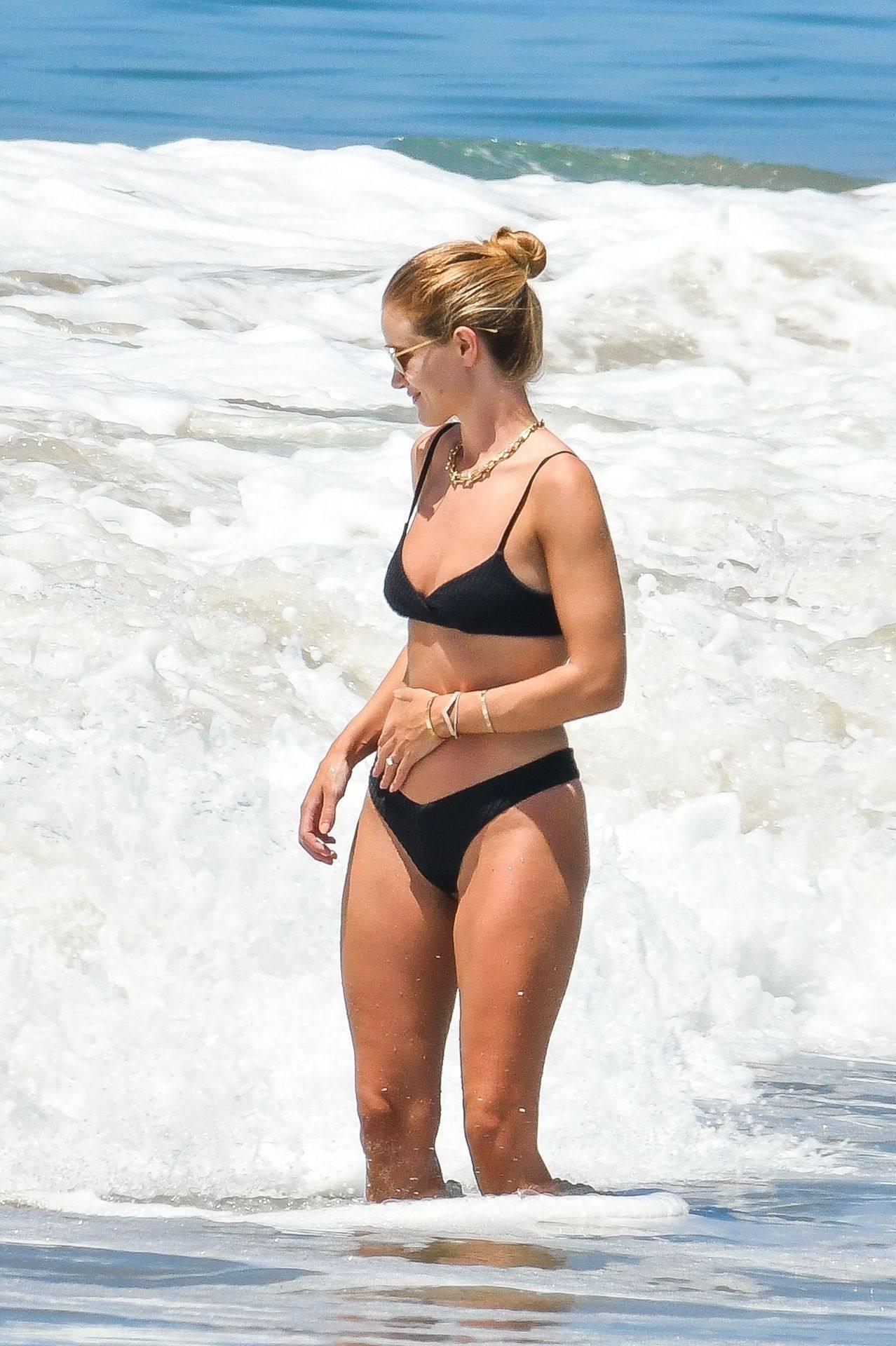 Rosie Huntington Whiteley Sexy Bikini