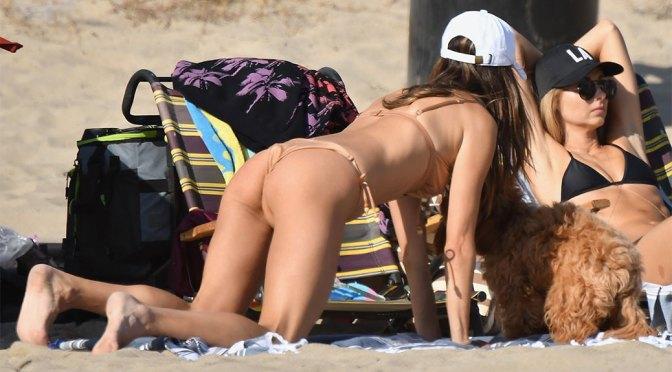 Alessandra Ambrosio Sexy Ass In Tiny Bikini