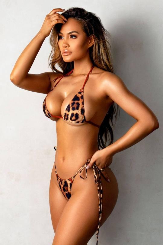Daphne Joy Beautiful Body